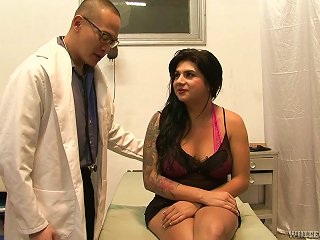 Transsexual Stephanny Tricks Has Sex With An Asian Doctor