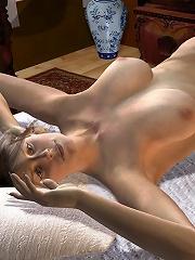 Shy 3D Girl swallowing cumshot
