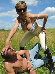 Equestrian domina