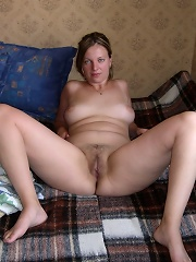 Sweet Girlfriend playing at home