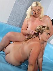 Two juicy fat girls Mira & Monika fight in the ring