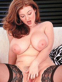 Big hooter MILF getting eaten out and reamed with big bow.
