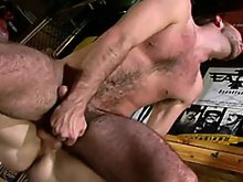 Free videos of hot muscle stud licking and fucking a hairy gay bear