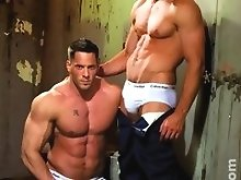 Two hot muscle dudes