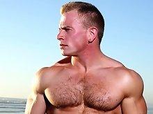 Hairy muscle stud Ben Kieren