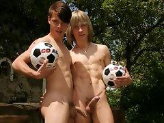Young jocks posing naked outdoors