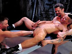 Hot gay porn stars in hot fisting threesome action