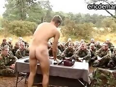 Nude military men shows their asses and cocks
