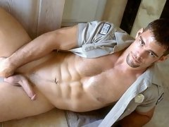 Amateur army dudes expose their massive cocks and hot butts