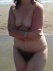 Flabby Mature Fatty Having Her Belly Cumsprayed