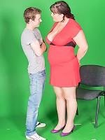Video guy cheats with hot BBW model and gets caught red-handed by his wife