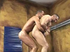 nude gay wresltlers porn