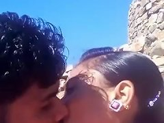 Must Indian Kiss Style