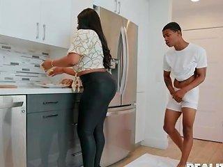 Mature Busty Ebony Babe Aryana Adin Spreds Her Cheeks To Any Porn
