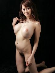 Big breasts Japanese Rina shows off her huge racks