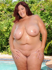 Ms. LaRue joins us today for some steamy plumper fucking action. This redhead BBW babe had all the right stuff to entice anyone!