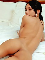 Hung Mint alone and desperate for a fuck