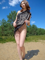 Sweet naked teen