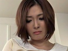 Frisky Asian MILF Yuuka Honjyou Stretches Her Horny Holes And Gets Banged