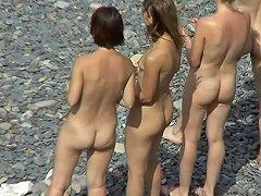 Voyeur Loves To See Them Nude