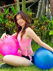 Ying Charintip playing with some dudes massive balls...