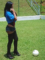 Sporty T-babe exposing juicy shecock