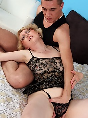 Horny 43 year old gets her shaven mature pussy filled with cock